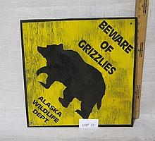 Beware of Grizzlies sign