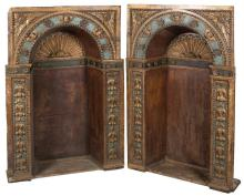 Pair of large and imposing carved wooden, gilded and polychromed niches.  Castile. Renaissance. 16th century.