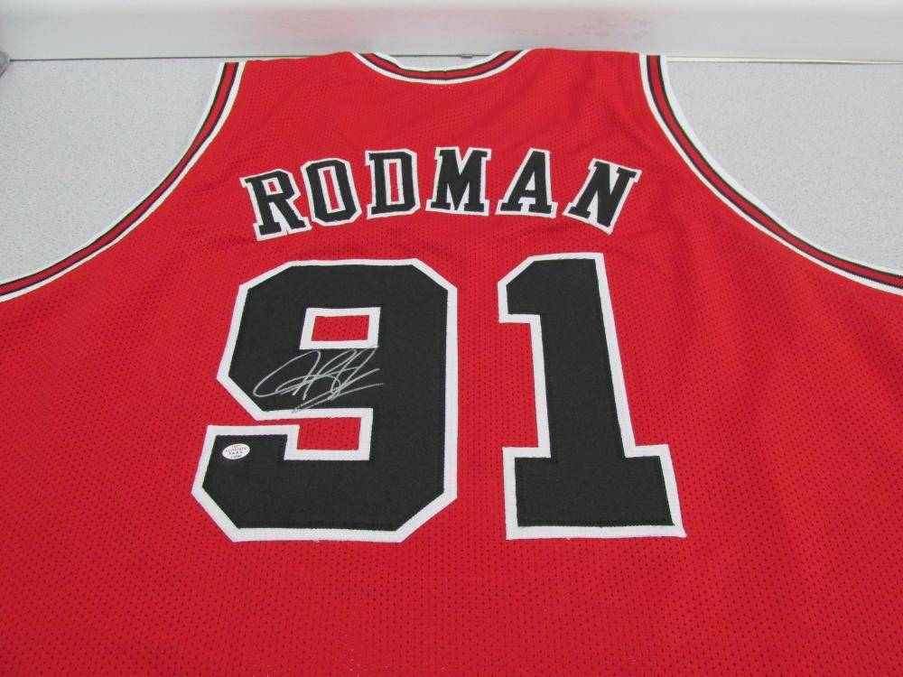 premium selection d8b98 66de1 Dennis Rodman of the Chicago Bulls signed autographed red ...