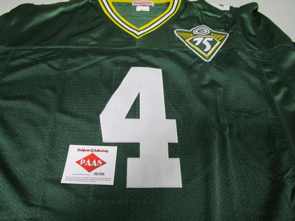 size 40 fc652 e0a5b Brett Favre of the Green Bay Packers signed autographed ...