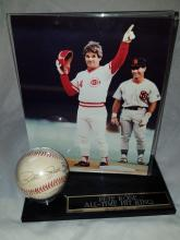 PETE ROSE BALL AND PICTURE ON STAND