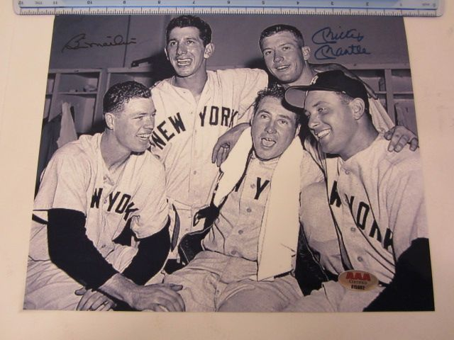 BILLY MARTIN & MICKEY MANTLE NY Yankees Signed Autographed 8x10 Photo Certified CoA