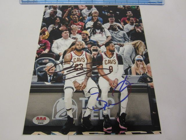 LeBRON JAMES & DWYANE WADE Cleveland Cavaliers Signed Autographed 8x10 Photo Certified CoA