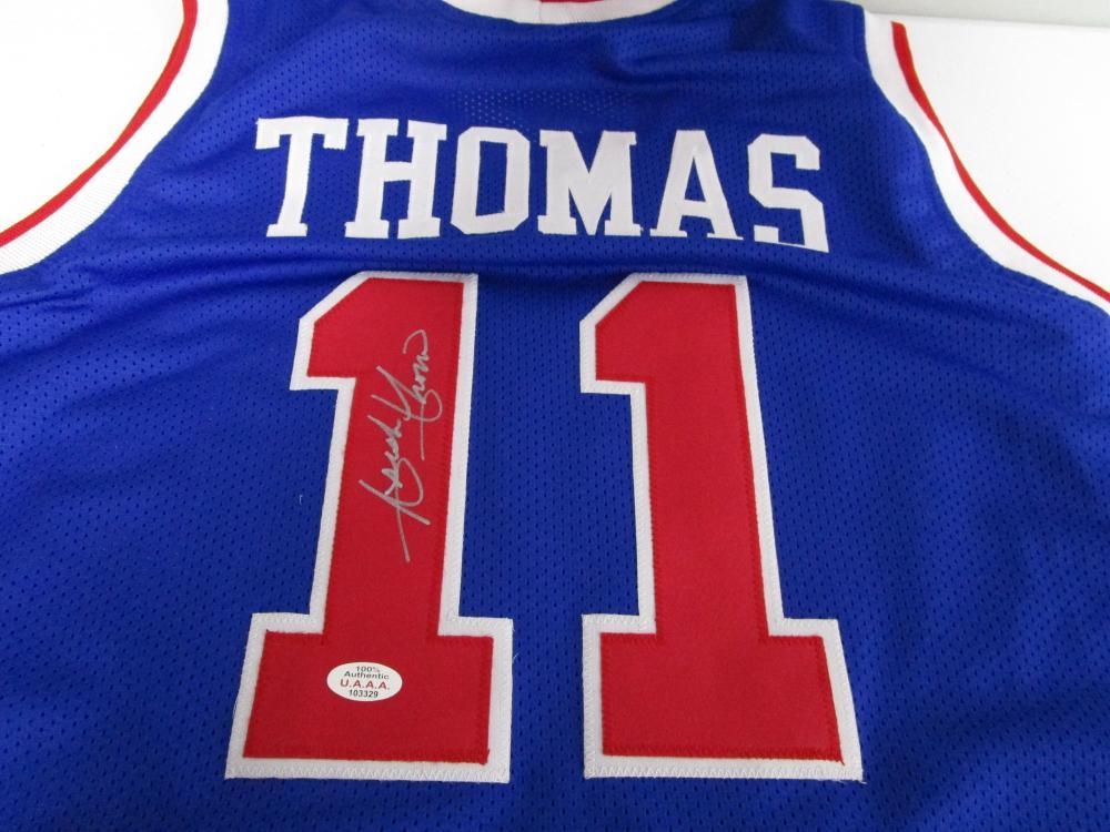 superior quality 91c92 65663 Isiah Thomas of the Detroit Pistons signed blue basketball ...