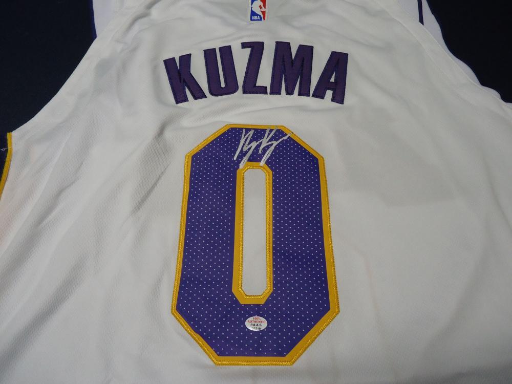 best service c0631 a89c3 Kyle Kuzma LA Lakers Signed NBA logo white basketball jersey ...