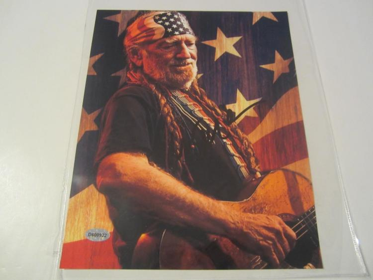 Willie Nelson Hand Signed Autographed 8x10 Photo COA