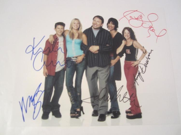 8 Simple Rules Cast Hand Signed Autographed 8x10 Photo COA
