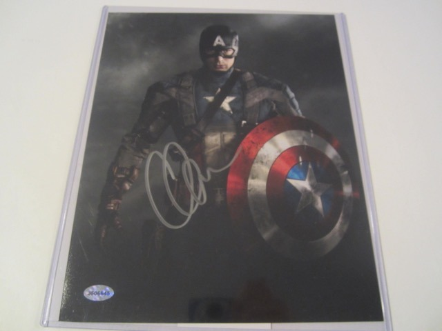 Chris Evans Hand Signed Autographed 8x10 Photo COA