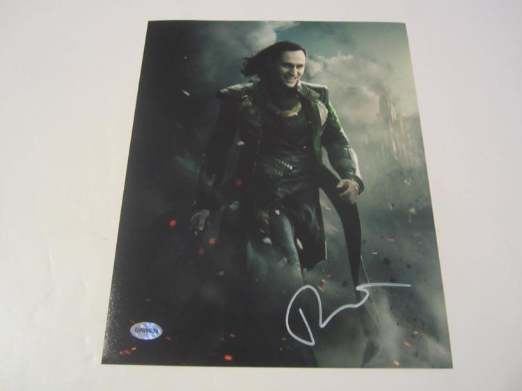 "Thom Hiddleston Thor ""Loki"" Hand Signed Autographed 8x10 Photo COA"