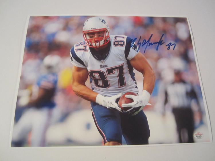 b51321c0 Lot 2748: Rob Gronkowski New England Patriots signed autographed 8x10 Photo  PAAS COA