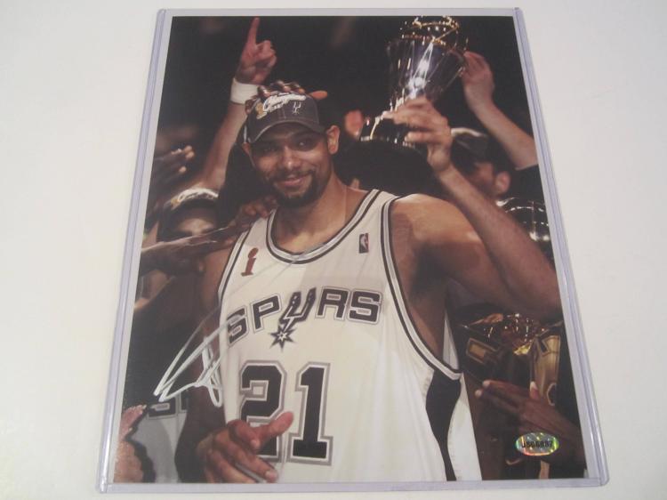 Tim Duncan San Antonio Spurs Hand Signed autographed 8x10 AI COA
