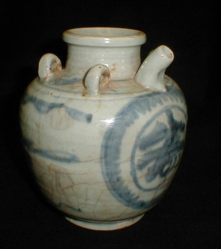 Chinese blue and white porcelain oil jar. 7