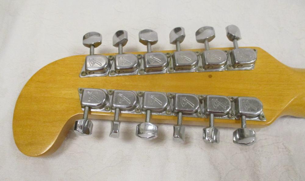 FENDER VILLAGER 12 STRING ACOUSTIC GUITAR