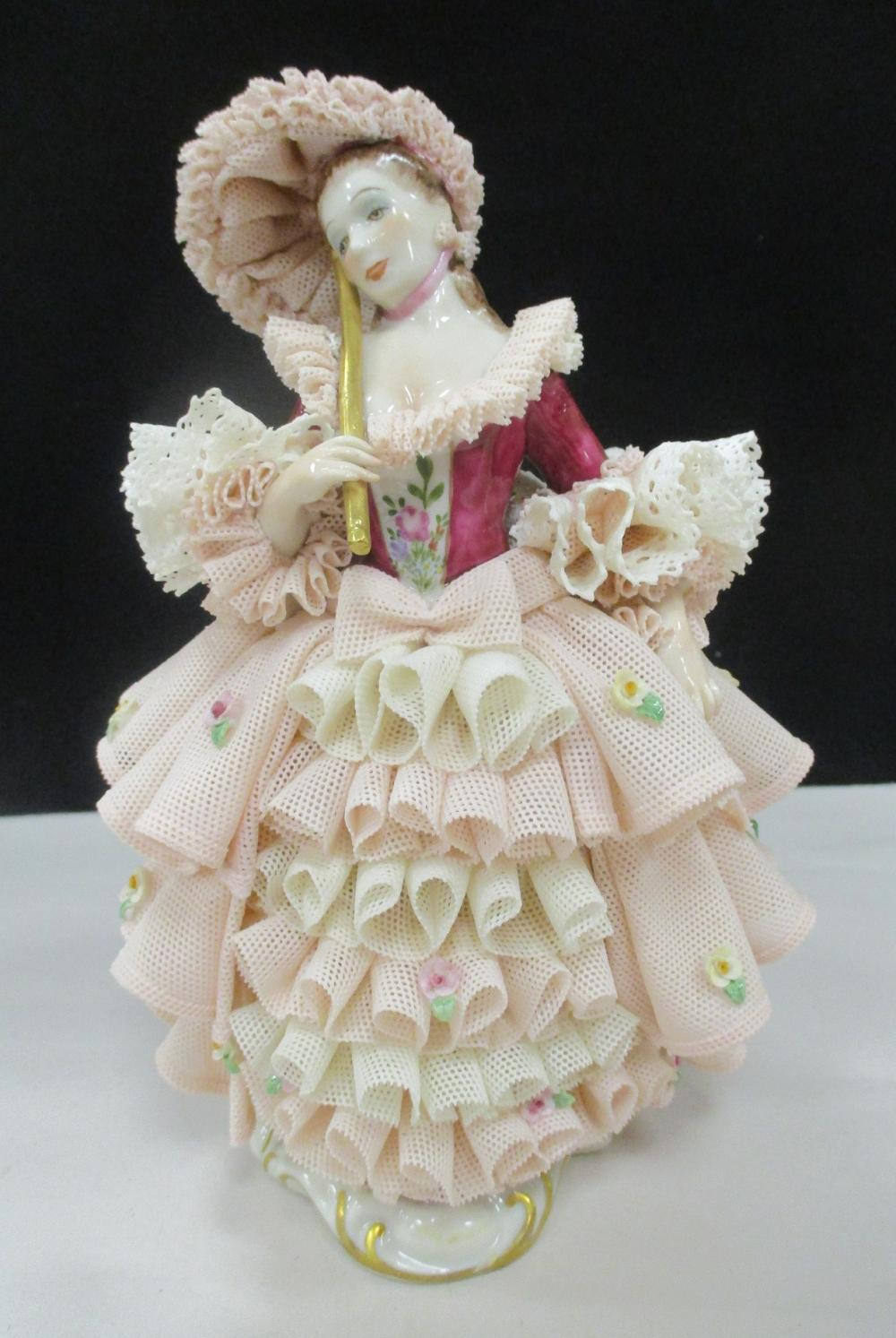 """MZ IRISH DRESDEN PORCELAIN LACE FIGURE """"THE PRIDE OF TIPPERAIY"""" NUMBERED 34324. 7.25"""" TALL"""