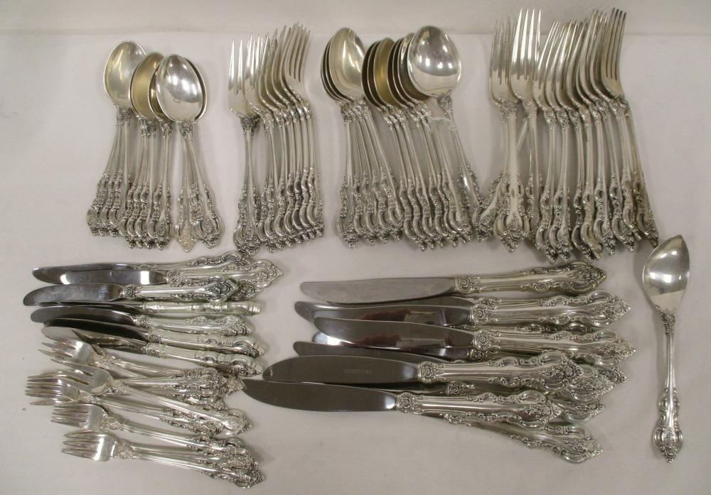 TOWLE STERLING El Grandee FLATWARE. (1964-2009) 76 TOTAL PIECES: 12 SOUP SPOONS, 11 DINNER FORKS, 11 TEASPOONS, 10 SALAD FORKS, 12 COCKTAIL FORKS, 11 TABLE KNIVES, 8 DESERT FORKS, 1 SERVER. 88.58 TROY OZ WITHOUT KNIVES