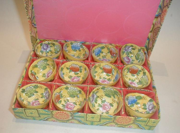 Set of Chinese Famille Rose Wine cups on yellow ground with box. Late 20th century