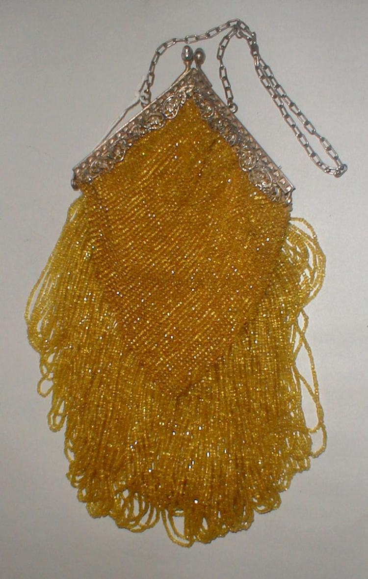 Deco glass beaded handbag with filigree clasp and long