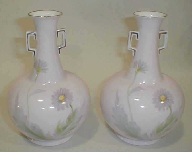 Pair of Noritake hand painted porcelain pink Vases. 7