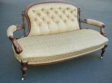 Victorian Renaissance revival settee / sofa. 67