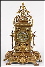 19TH CENTURY FRENCH GILT BRONZE MANTLE CLOCK.
