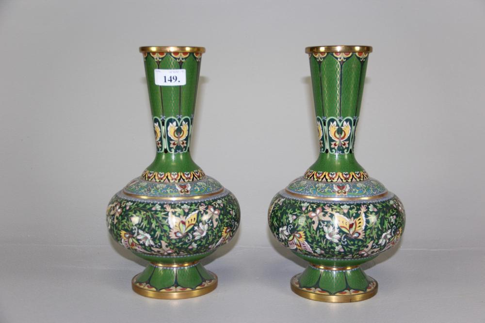 Håndverkere si det tar ca tre måneder for å fullføre en vase bare 15 cm høy.