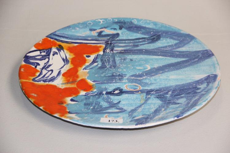 Peter Nyborg# Rundt fad, glaseret keramik, dia. 39 cm.
