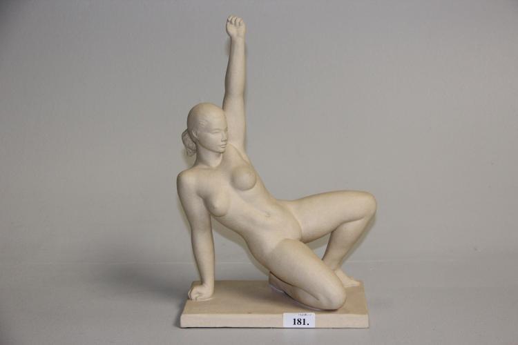 Bjarne Saabye, unika# Nøgen kvinde, stentøj, h. 39 cm.
