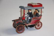 Gammelt legetøj, Lehmann# Bil med passagerer, blik, mekanisk med nøgle, l.