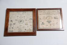 2 empirenavneklude, ca. år 1850# I rammer af mahogny, heraf en med intarsia