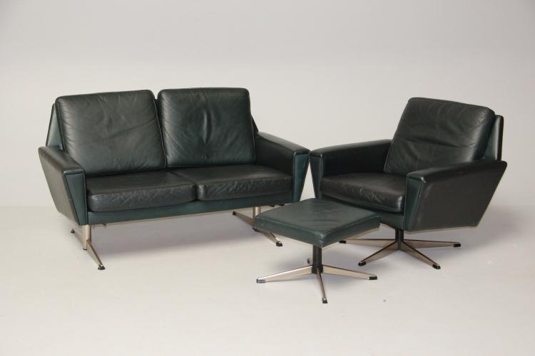 georg thams 2 personers sofa l nestol p fempasfod samt fo. Black Bedroom Furniture Sets. Home Design Ideas