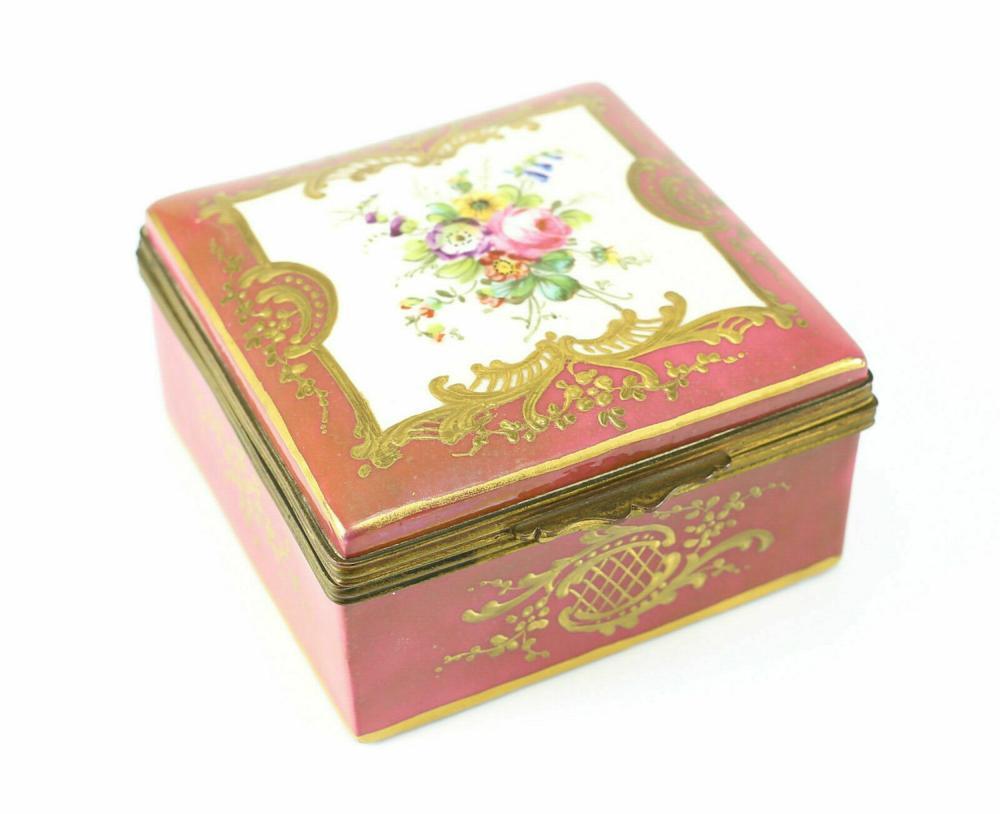 Vincent Dubois Porcelain Hand Painted Box, circa 1800