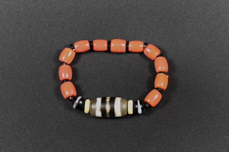 An Agate Hand bead - Within 100 Years