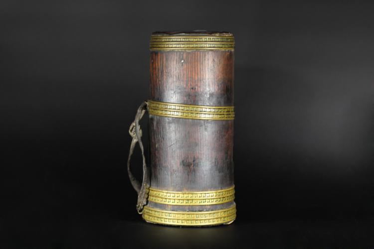 A Tibetan Wine Container - Qing Dynasty
