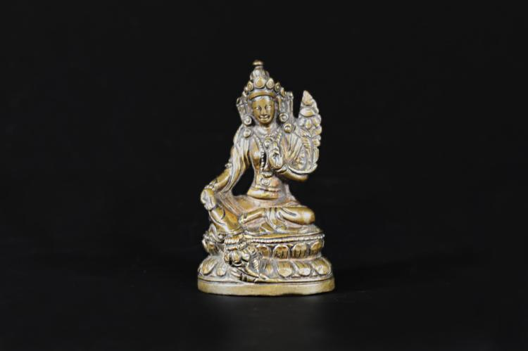 A Bodhisattva Statue - Qing Dynasty