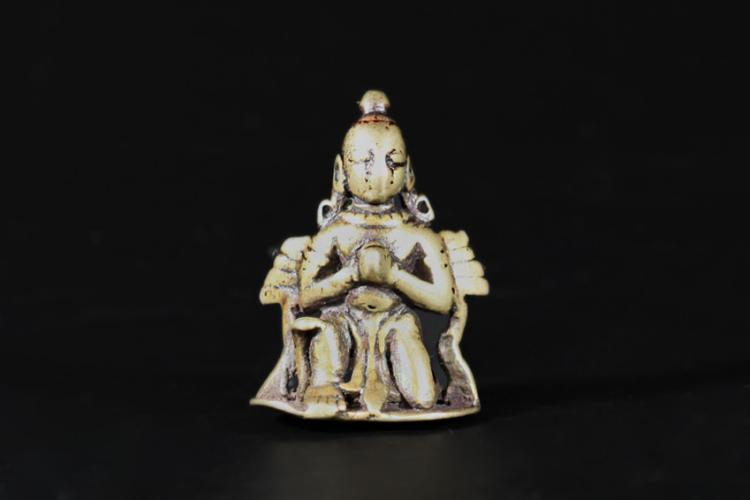 A Roc Statue - Mid Qing Dynasty