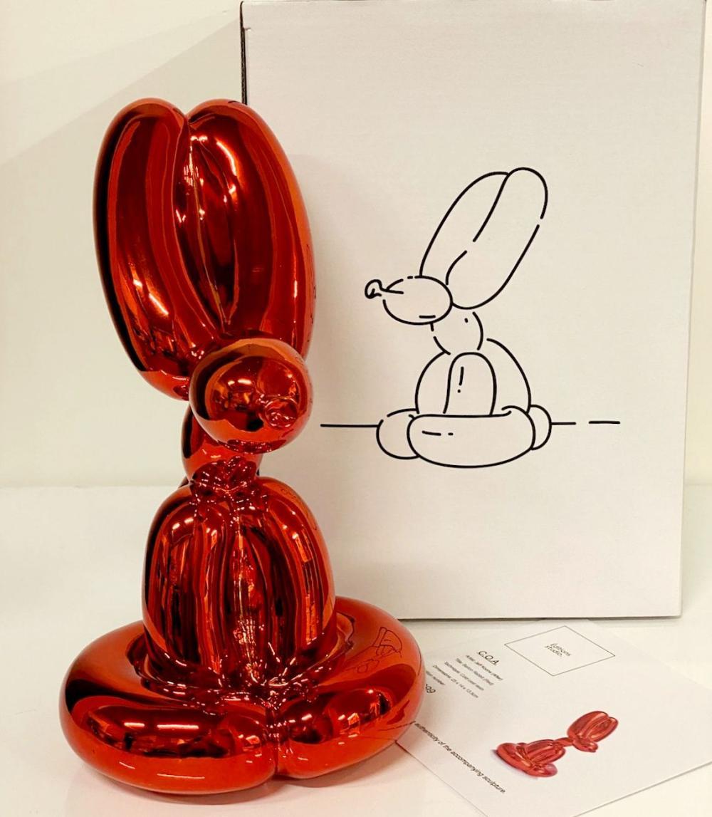 Sitting Balloon Rabbit Red
