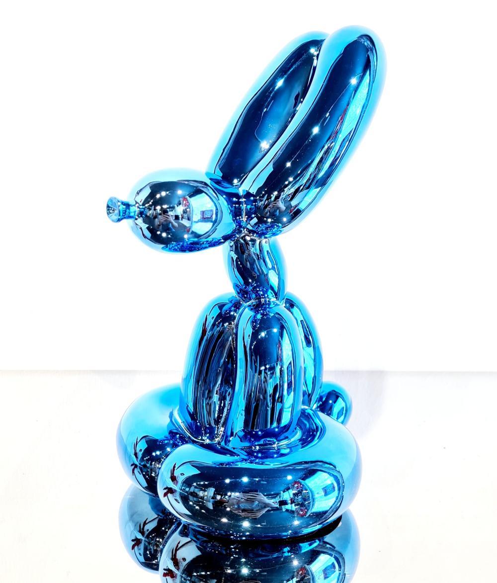 Sitting Balloon Rabbit Blue