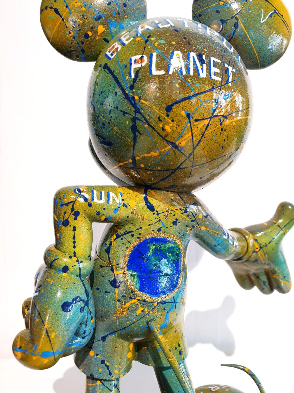 """Miss CoCo - Mickey """"Beautiful Planet"""""""