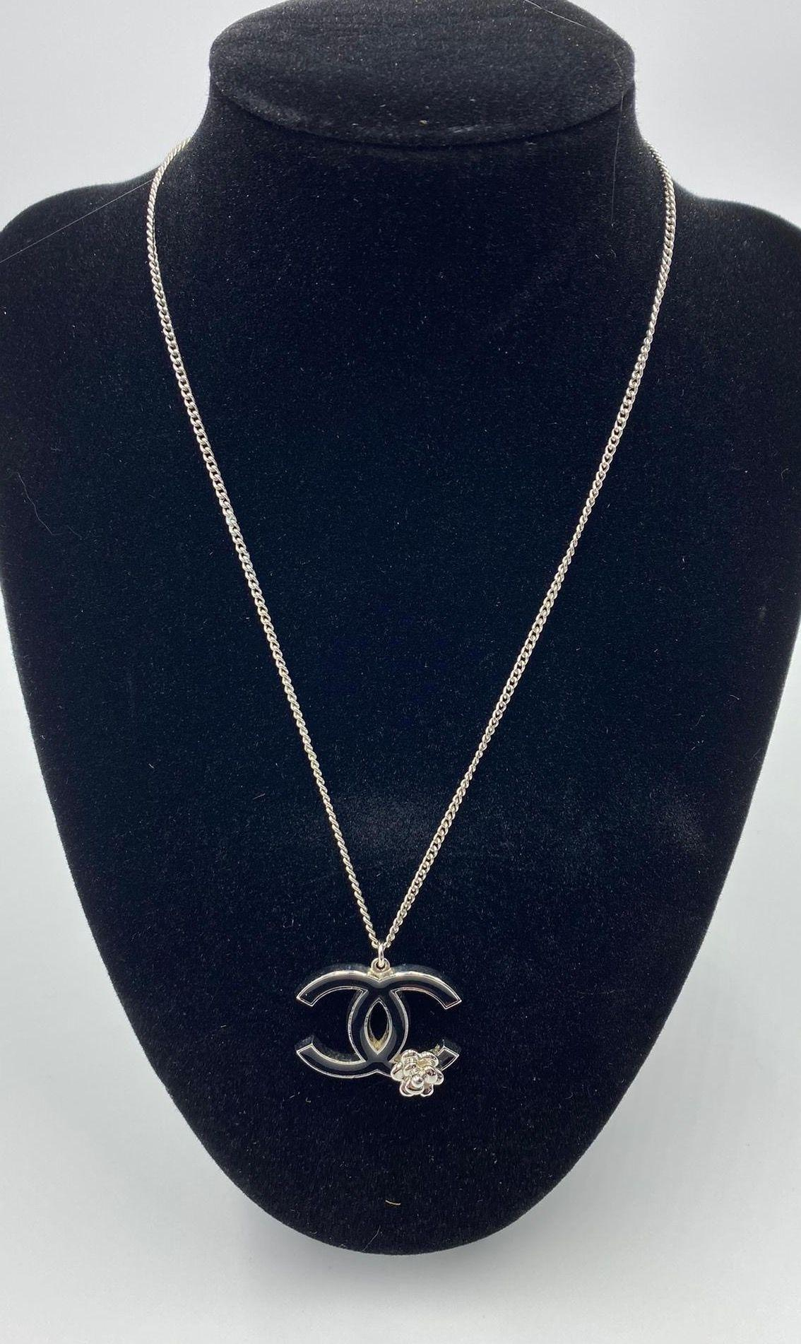 CHANEL - Necklace