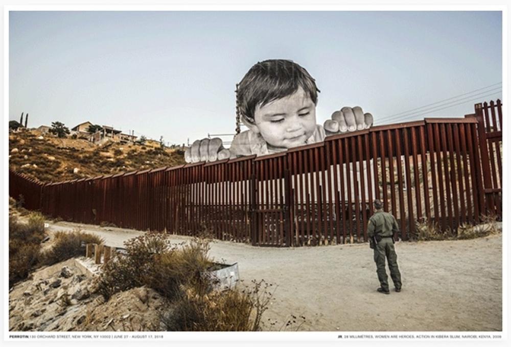 JR - Giants, Kikito and the border patrol, Tecate, Mexico-USA