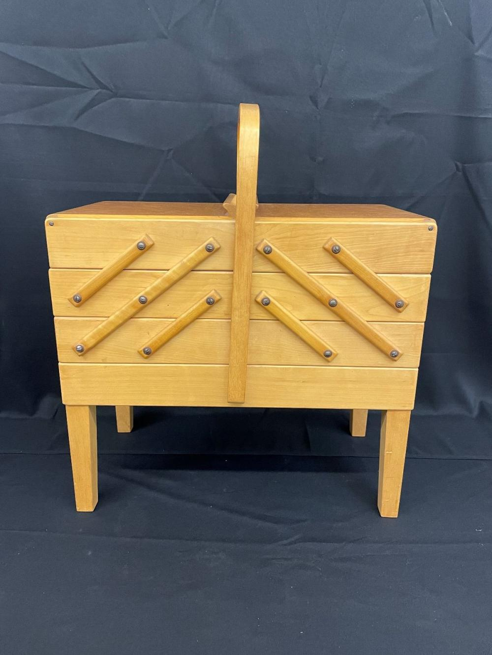 Strommen Bruk Hamar Accordion Style Sewing Box