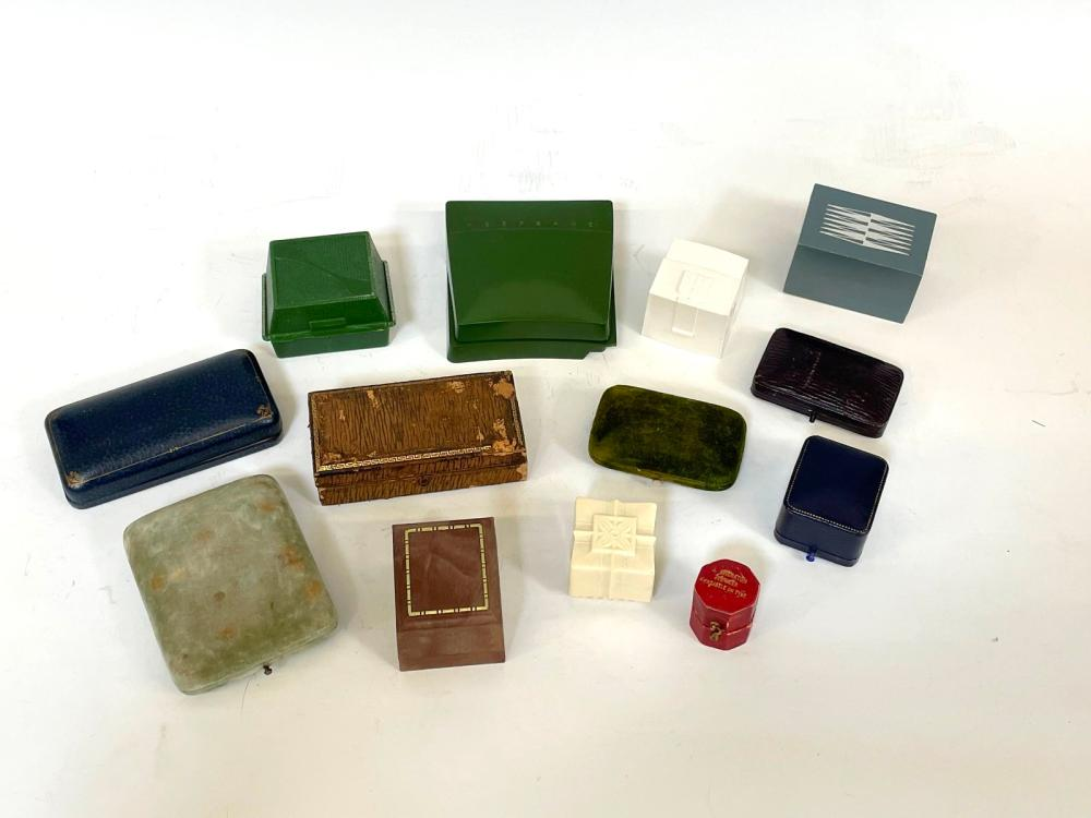 (13) Vintage Jewelry Boxes Varying Jewelers