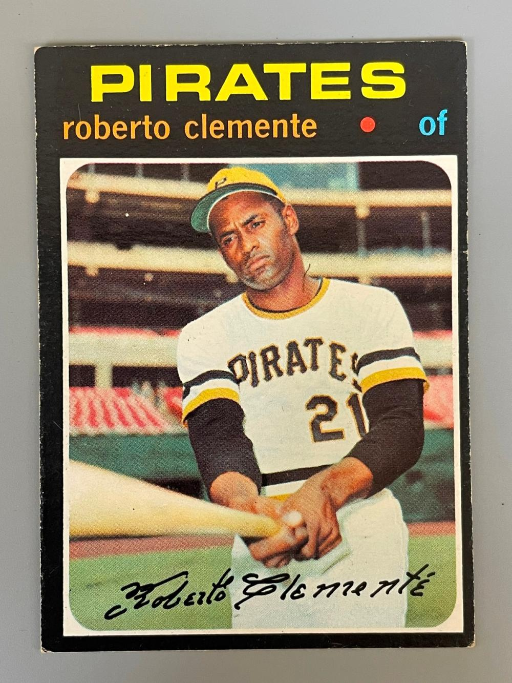 1971 Topps Baseball Cards: Roberto Clemente #630, Willie Mays #600