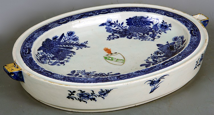 Chinese Porcelain Hot Water Platter, 19th century Export