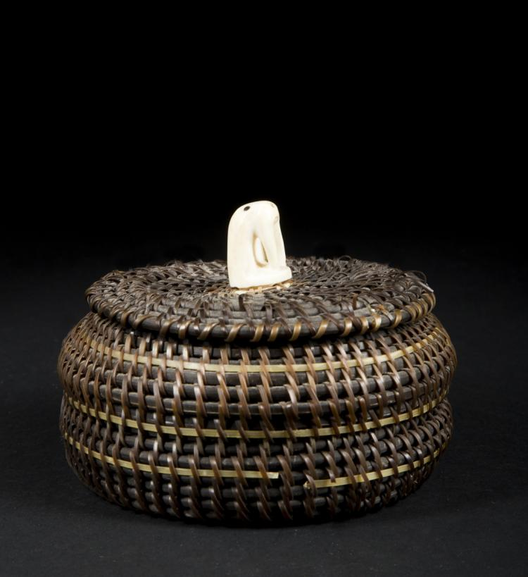 Woven Disc Basket : Inuit woven baleen with walrus ivory decoration basket