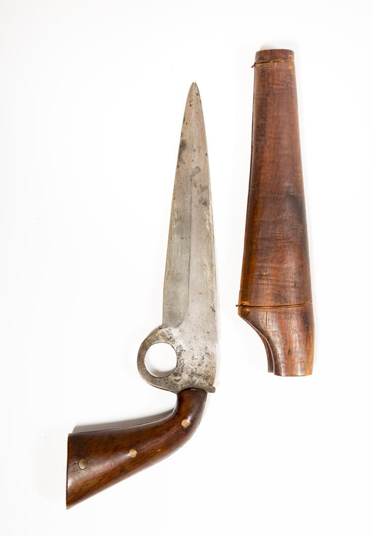Unusual Bowie With A Pistol Grip Handle