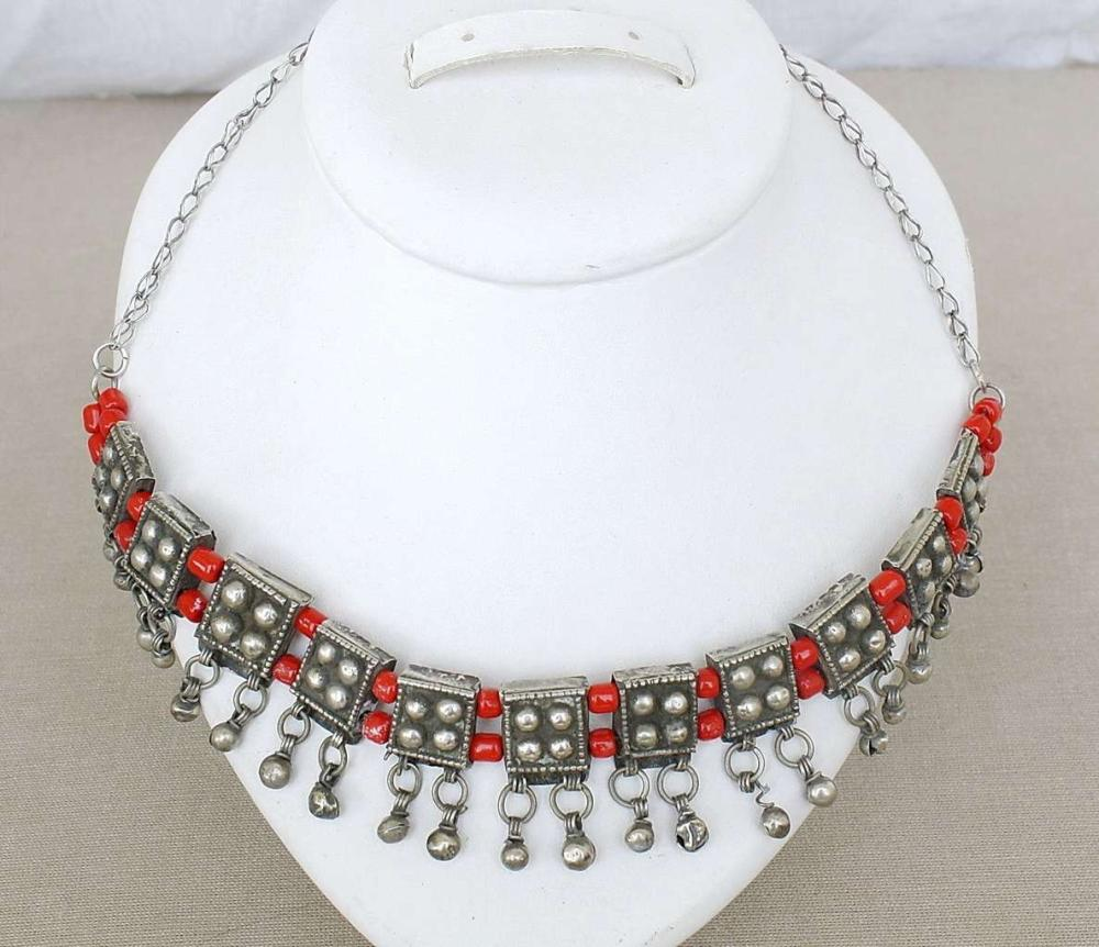 """Antique Silver and red glass bead Breast Ornament """"Labbeh"""", Yemen, Late 19th,  52gr., tested"""