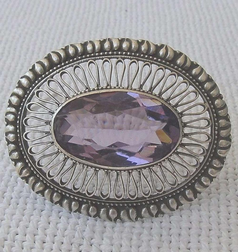 Victorian Antique filigree silver 800 brooch set with large faceted amethyst