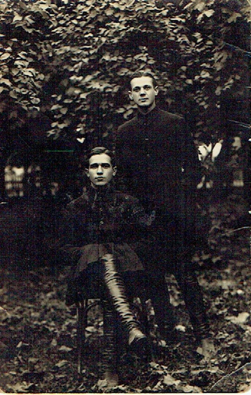 Antique photo of two Jewish NKVD members, Ovruch, Ukraine, 1924, dedicated to their friend M. Futerman, in Russian