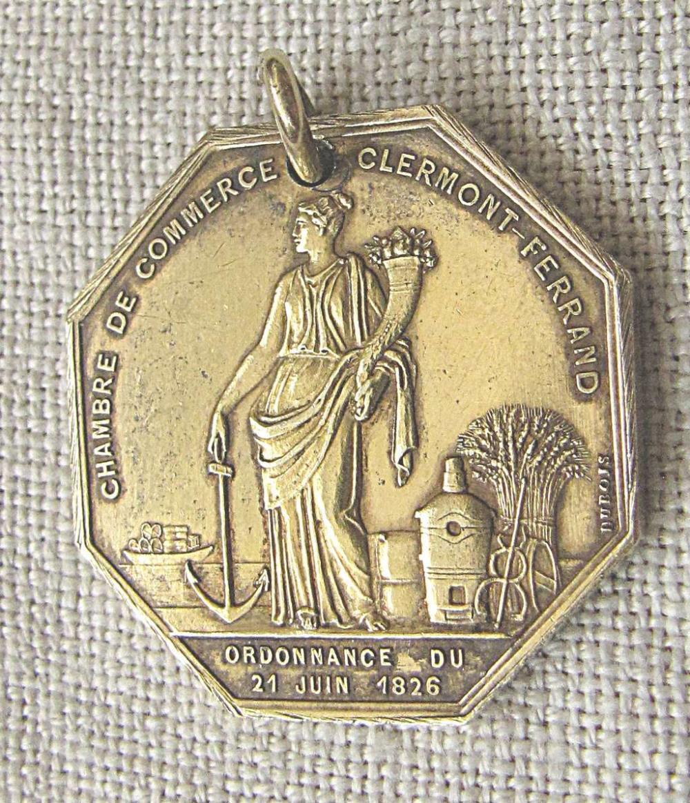 French Art deco Gilt Silver Jeton (Token) /pendant Bourse de Commerce de Valenciennes, design of Domard F , 12 gr.,